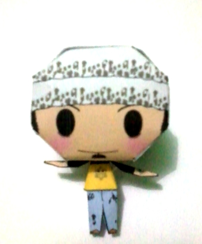 Trafalgar Law Papercraft ~One Piece~